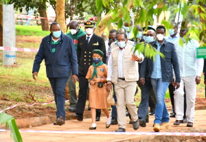 CS Keriako Tobiko (R) guides the President during a walk of the recently refurbished Michuki park